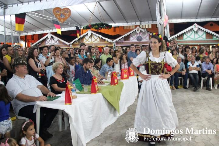 desfile rainha adulto 2 Small